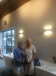Ladies Summer Meeting winner - Chris Hill
