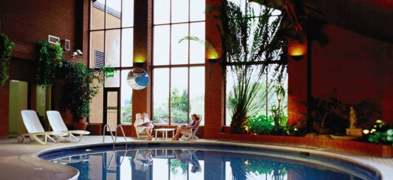 Where to stay coxmoor golf club sutton in ashfield Hotels in derbyshire with swimming pool